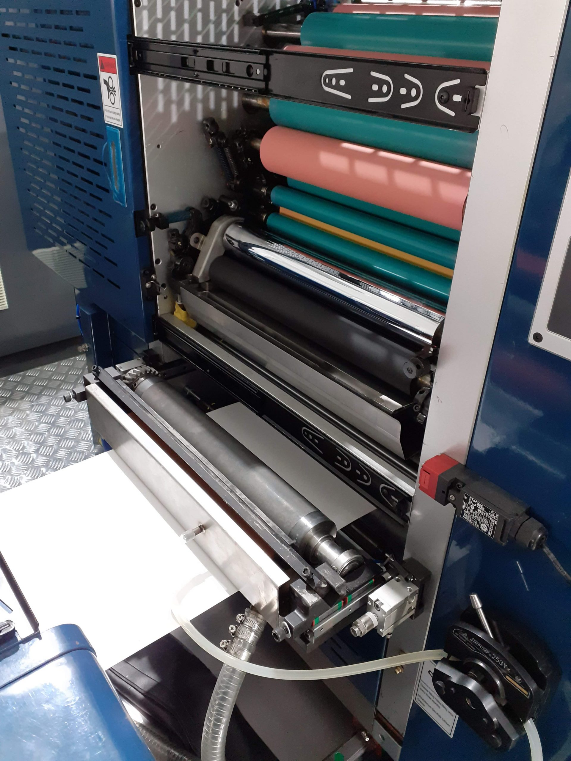 Semi-Rotary OFFSET UV printing press,Flexo-kit in offset unit 5